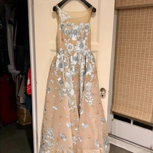 Sherri Hill ball gown size 6 Nude Floral Design